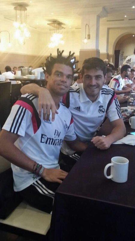 Sergio Ramos et Iker Casillas avec Pepe
