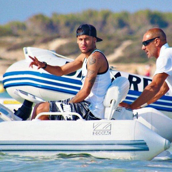 Neymar à Ibiza
