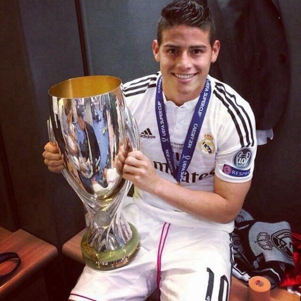 Quelques Joueur du Real Madrid apret la final de la Super cup