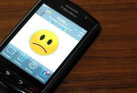 J'attends son SMS; Je regarde mon portable toutes les 5 minutes mais pourquoi je sais très bien que tu n'enverras rien ...