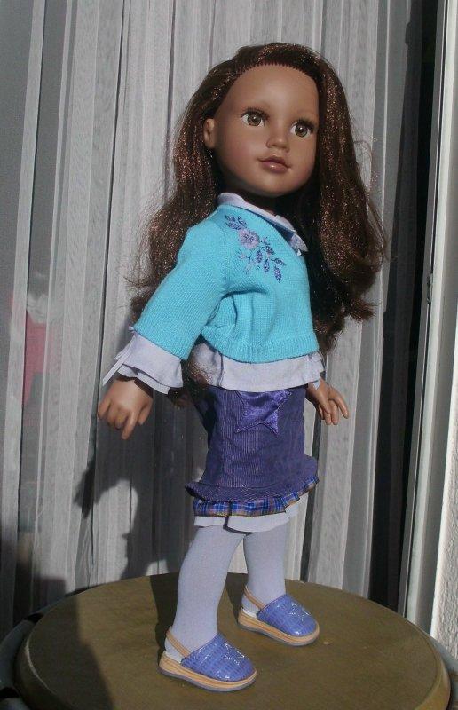 """Kyla avec une tenue """" American Girl""""."""
