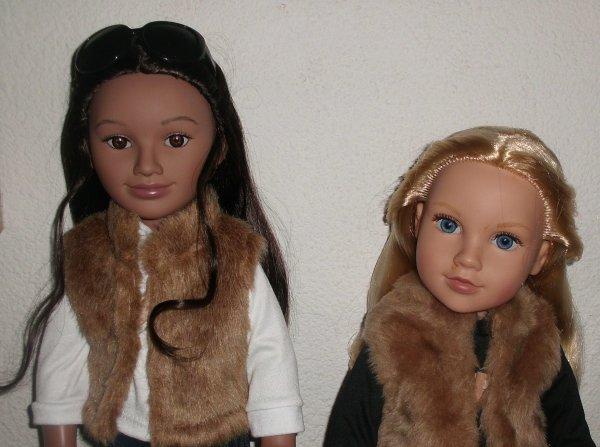 Pita a été bien accueillie par ses amis les Journey Girls, elle pose ici avec Merédith.