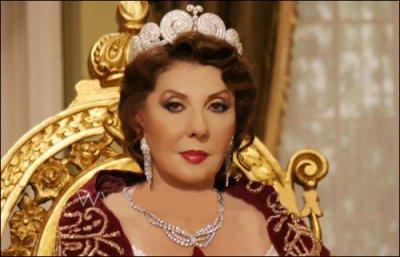 الملكة نازلي