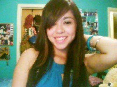 Quel beau sourire <3 alyssa bernal lyss <3 O..^