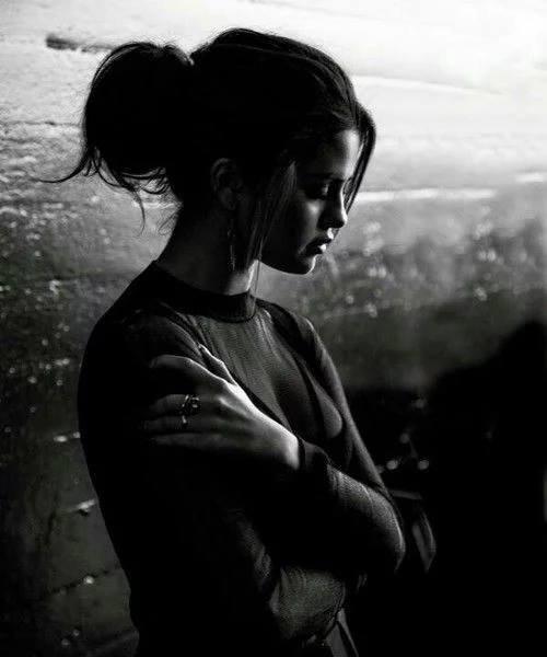 « L'absence d'un être qui nous est cher, quelques soit la durée, c'est toujours long, très long.. »
