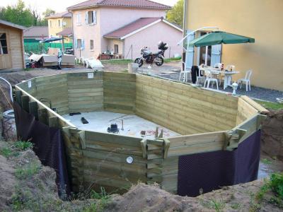 Blog de bonaweb page 3 construction d 39 une piscine bois for Prix piscine bois semi enterree avec pose