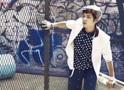 Voici Woo Hyun