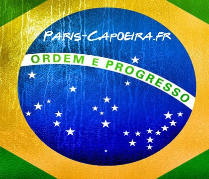Capoeira pour enfant à Paris - cours de capoeira enfants 7ans 8 ans 9ans 10ans 11 ans 12ans.