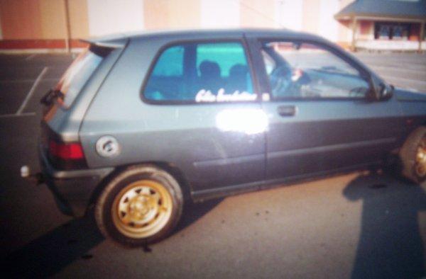 Clio a ses débuts.