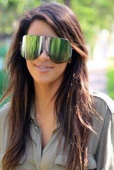 Nouvelle paires de lunettes de Kim. TOP ou FLOP ?