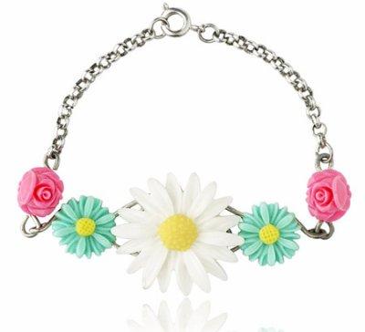 Vivid flower cabochons
