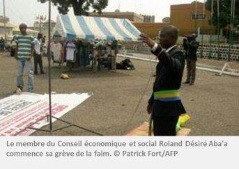 Gabon : un gréviste de la faim opposé à la présence française conduit à l'hôpital de force