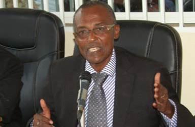 """COMORES /Mayotte : Abdou Djabir frappe de plus belle ! Des journaux mahorais saluent la """"capitulation"""""""