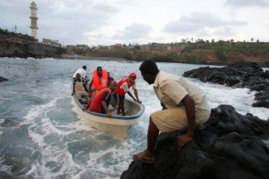 COMORES : Près de 100 disparus dans l'indifférence générale