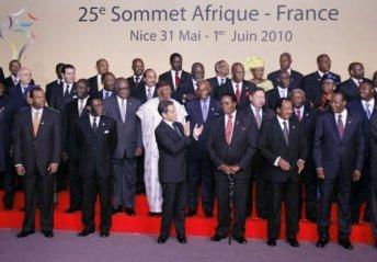 Afrique – Libye : Sarkozy et ses caniches africains.