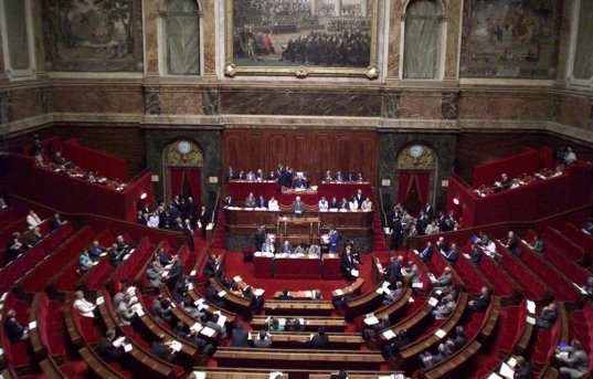 FRANCE : La gauche conquiert enfin le Sénat