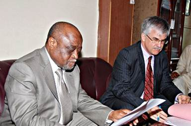 La France annule une partie de la dette des Comores