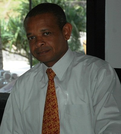 COMORES : «Il n'y avait pas de raison d'augmenter le prix du carburant»
