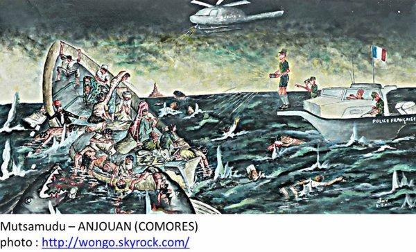 COMORES : Cinq morts dans le naufrage d'un bateau de clandestins au large de Mayotte