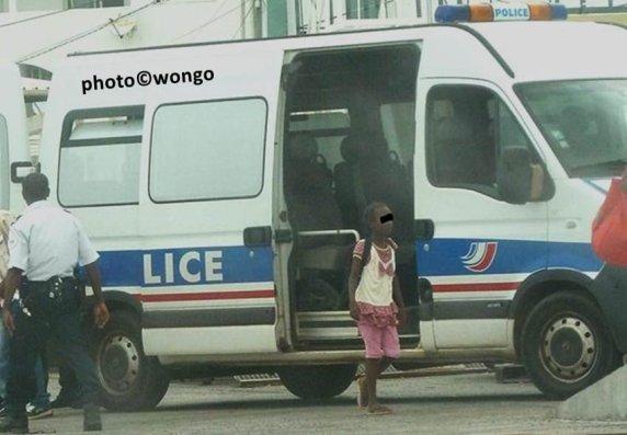 MAYOTTE (Comores) : Voyage en colonie