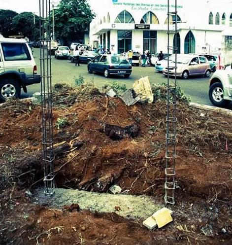COMORES : Où il est question d'une stèle à la mémoire des morts du visa Balladur