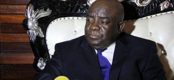 COMORES :  MOUIGNI BARAKA DONNE DES INDICATIONS DANS UNE TELEVISION MAHORAISE. LA CENI NE BRONCHE PAS
