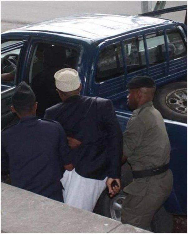 COUP D'ÉTAT INSTITUTIONEL A NGAZIDJA (Gde-COMORE)