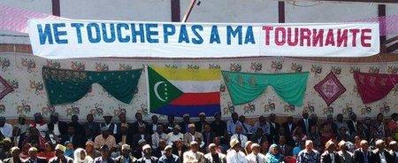 COMORES : Ne touche pas à la tournante