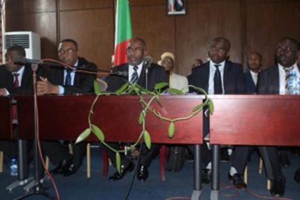Première conférence de presse du président Azali : «Je regrette les licenciements, mais c'était un passage obligé»