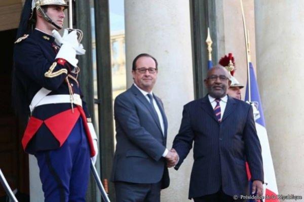 Comores/France : la naïveté de nos présidents