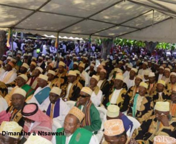 Comores / Nouvelle préfecture dans le Mbude : le chef de l'Etat appelle les préfets à «se mettre au service de l'Etat et du peuple »