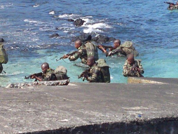 Sécurité maritime : Quarante éléments du garde-côte formé aux tirs et secourisme maritime