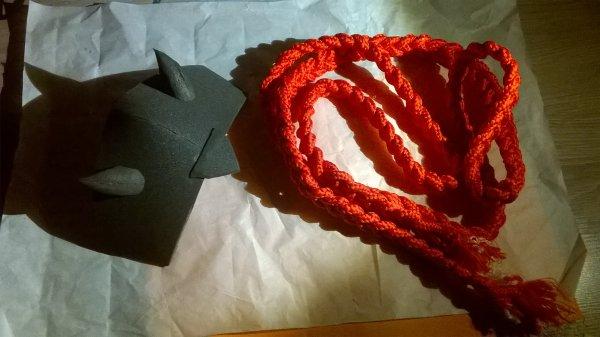 premier avancement: début du casque et plus de 2 mètres de corde tressée