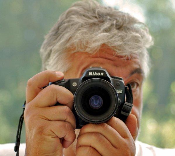 2 * Souriez, je vous observe !!!. Prise de vue : Nikon D80 Objectif Nikkor 90mm macro