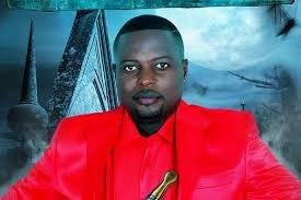 Interview Parlant de la promotion son nouvel album  Régis Touba : « Kinshasa est la plaque-tournante de la chanson en Afrique centrale »