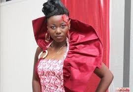 En featuring avec Mbilia Bel    Claudia Bakisa lance le single « Bikrokoto »