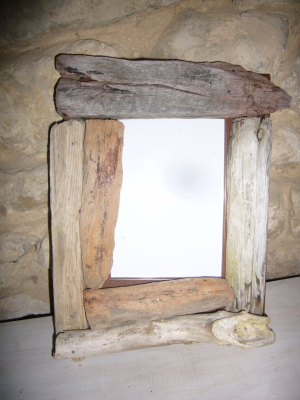 vente objet en bois flotte et galet relookage de vieux. Black Bedroom Furniture Sets. Home Design Ideas
