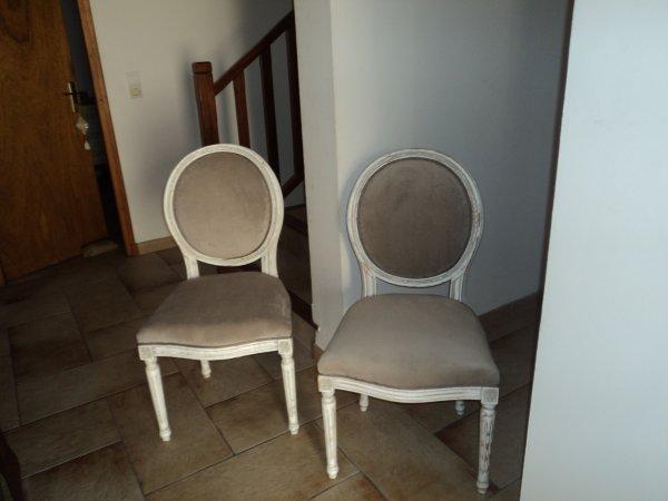Mes deux chaises médaillon fini