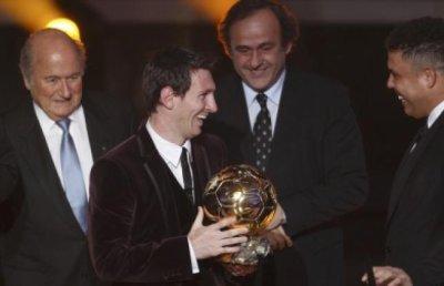 j'aime club fcbarcelona je suis vrais sporter ensien tous jour messi grand jouer dans ballon d'or 2011