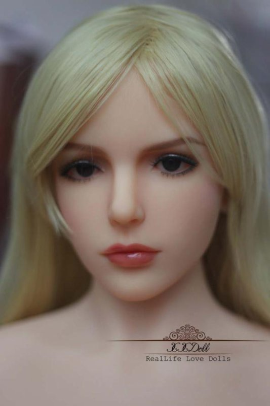 Looking for the Best Sex doll for Men UK? Here is How to Find the Best.