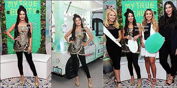 * 19/04/17 : Vanessa était présente pour faire connaître la campagne « Ma vraie beauté » situé dans New York. Cette campagne est en partenariat avec EcoTools. Vanessa est ravissante. J'aime beaucoup sa coiffure. La tenue qu'elle porte est jolie aussi - Top !  *