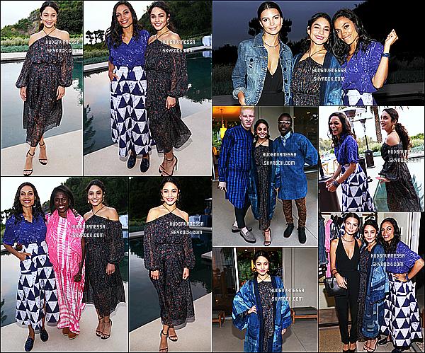 * 11/05/16 : Vanessa s'est rendue au lancement de la collection « Studio 189 » pour le site Yoox - à Beverly Hills. Vanessa Hudgens est ravissante et souriante. J'aime bien la tenue qu'elle porte même si je suis moins fan de son manteau bleu. Je lui mets un Top.  *