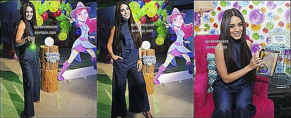 * 22/03/17 : Vanessa H. était présente lors du lancement du jeu « Bubble Witch 3 » se déroulant dans New York. Vanessa est tout simplement sublime. Une fois de plus je suis fan de son maquillage et de sa coiffure. J'aime bien aussi la tenue qu'elle porte - Top !  *