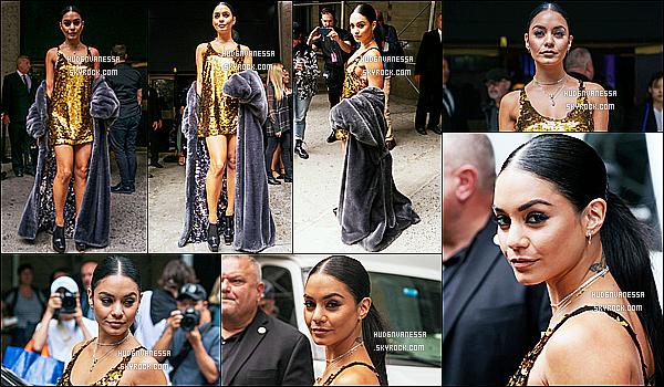 * '•-10/09/19-' : Vanessa H. était présente au défilé de Vera Wang lors de la « Fashion Week » qui avait lieu dans New York. Vanessa a posé aux côtés de Lucy Hale. Elle était sublime. J'aime bien la tenue qu'elle porte, surtout sa robe dorée. Je lui donne un Top ! *