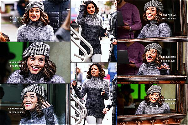 * 26/10/17 :    Vanessa H. a été aperçue sur le tournage de son nouveau film « Second Act » dans Brooklyn à New York. Vanessa était ravissante. Son rouge à lèvre est joli. J'aime beaucoup la tenue qu'elle porte. Le bonnet lui va vraiment bien je trouve. Je lui donne un Top !  *