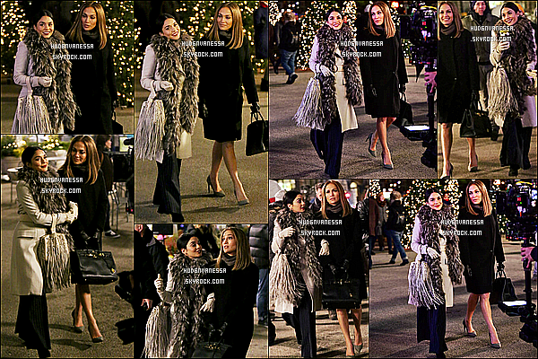 * 08/12/17 :    Nessa a été repérée sur le tournage de « Second Act » avec Jennifer Lopez - dans les rues de Manhattan. Vanessa continue le tournage de son nouveau film. Elle est belle et souriante. J'aime beaucoup sa tenue. Son foulard et son manteau sont jolis. Donc Top  *