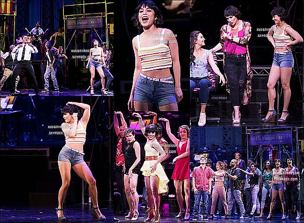 * 21/03/17 :    Vanessa H. était sur la scène de Broadway pour la comédie musicale « IntheHeights » - dans New York. Ca fait plaisir de voir Vanessa s'amuser autant sur scène, on voit qu'elle est heureuse et qu'elle aime ce qu'elle fait. Elle est toute belle. Un Top pour moi.  *