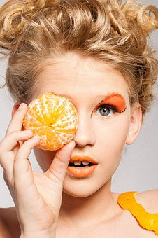 Is it bad to use anti aging makeup as a teenager?