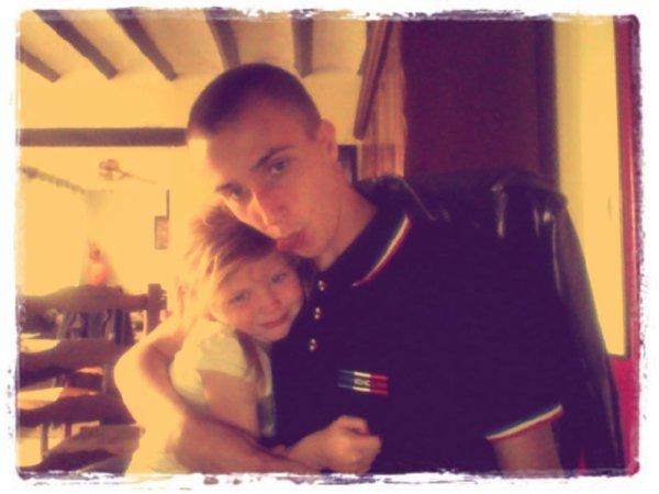 moi et ma sister :) <3