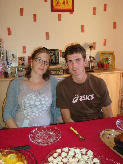 le 09 aout 2011: anniv de maman mais il y avait trop de monde (6personnes);quel trouillard!!!!
